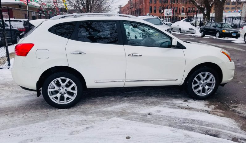 2011 NISSAN ROGUE SV completo