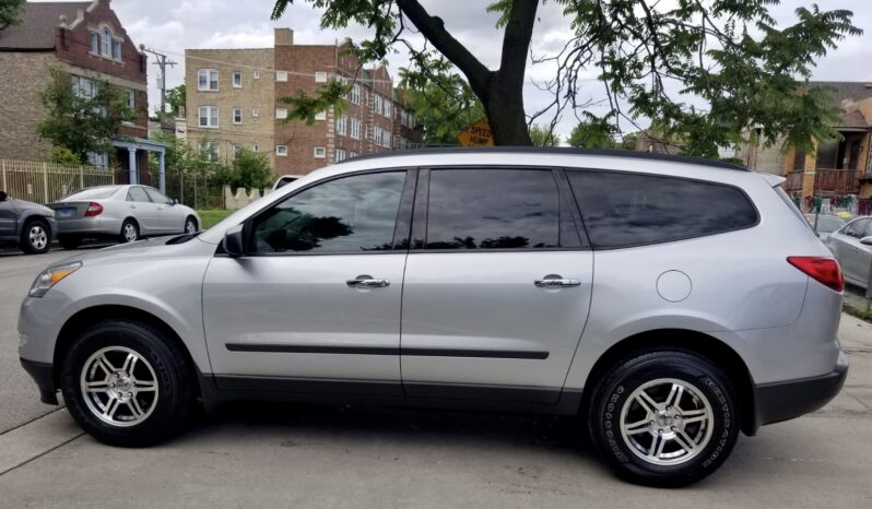 2011 CHEVY TRAVERSE completo